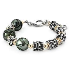 Beneath the Moon Galatea Pearl Bracelet