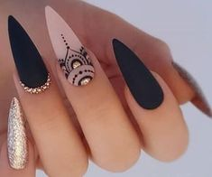 Cute Acrylic Nails, Cute Nails, Pretty Nails, Halloween Nail Designs, Halloween Nails, Black Stiletto Nails, Nagellack Design, Nagel Gel, Nail Swag