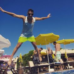 Jump! Jump! #teambabyblau #goldstrand #abi2016 #jamreisen