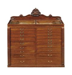 A VICTORIAN MAHOGANY COLLECTOR'S CABINET -  MID-19TH CENTURY
