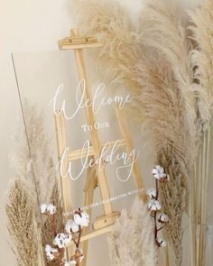 Acrylic and pampas welcome sign Wedding welcome sign decorat. - Acrylic and pampas welcome sign Wedding welcome sign decorated with pampas and cotton for a perfect balance of texture ✨ - Wedding Trends, Wedding Designs, Boho Wedding, Floral Wedding, Wedding Bouquets, Rustic Wedding, Wedding Ceremony, Wedding Flowers, Dream Wedding