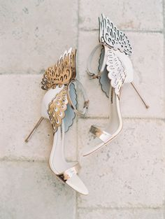 These shoes though! http://www.stylemepretty.com/2015/09/11/elegant-malibu-rocky-oaks-estate-vineyards-wedding/ | Photography: Carmen Santorelli - http://carmensantorellistudio.com/