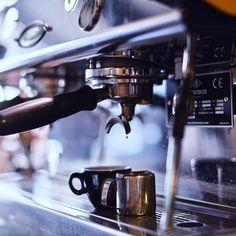 Tucano Coffee Global (@tucanocoffee.global) • Фото и видео в Instagram Espresso Machine, Coffee Maker, Kitchen Appliances, Accessories, Espresso Coffee Machine, Coffee Maker Machine, Diy Kitchen Appliances, Coffee Percolator, Home Appliances