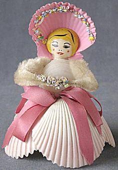 Vintage Sea Shell Lady