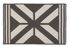 Colonial Mills diamond outdoor rug   8x11 $699  Polypropylene