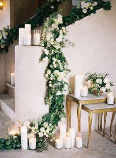 Greenery wedding decor: Photography: Caroline Tran - http://carolinetran.net/