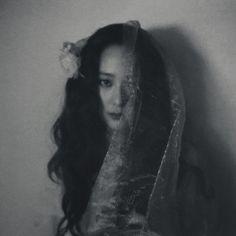 ⭐@Minmiogii⭐ Krystal Fx, Jessica & Krystal, Jessica Jung, Victoria Fx, Krystal Jung Fashion, Whimsical Photography, Uzzlang Girl, Sulli, Character Aesthetic