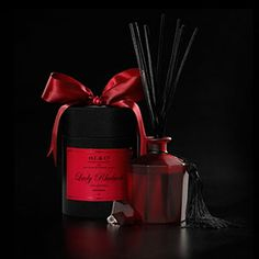 & Co Lady Rhubarb Diffuser - packaged in D.L & Co's signature black silk hat box with satin ribbon. Rain Collection, Luxury Candles, Home Scents, Hat Boxes, Gothic Home Decor, New Shop, Gifts For Her, House Styles, Modern