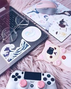 Pink I bought myself the most precious mousepad with Sanrio Danshi on it. It ma… Pink I bought myself the Aesthetic Rooms, Pink Aesthetic, My New Room, My Room, Sanrio Danshi, Kawaii Bedroom, Gaming Room Setup, Gamer Setup, Accessoires Iphone