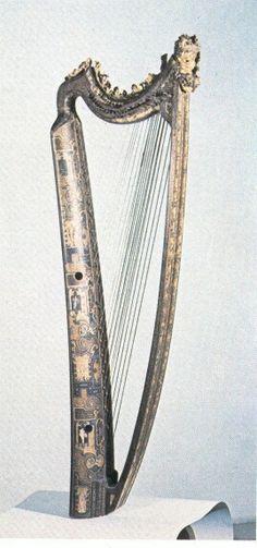 ESTE harp.  1580 Italy