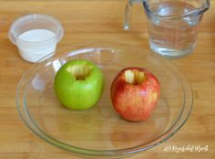 These apple volcanoes combine the classic baking soda and vinegar reaction to create a fun and simple science activity for kids. We took this one step further and asked the kids to make predications. Volcano Science Experiment, Easy Science Experiments, Science Activities For Kids, Science Fair, Science Projects, Nature Activities, Weird Science, Stem Activities, Art Projects