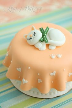 cat's valentine's day cake