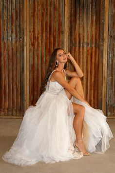 Shiloh wedding venue in South-Africa Wedding Background, Shiloh, South Africa, Rustic Wedding, Wedding Venues, Wedding Dresses, Fashion, Wedding Reception Venues, Bride Dresses