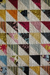 ReannaLily Designs Blog: Half Square Triangle Quilt- Quilted