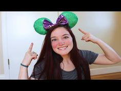 Who else loves Disney? Brianna, Allyssa and I decided to make some adorable Minnie/Mickey Mouse ears! I am going to Disney World in September and wanted som. Diy Disney Ears, Disney Mickey Ears, Disney Diy, Disney Crafts, Disney Stuff, Disney Magic, Disney Headbands, Disney Planning, Costume