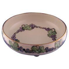 T&V Limoges Grape Motif Footed Dish (c.1900-1906)