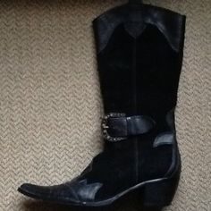 STEVEN by STEVE Madden, sz 8 black leather harness cowboy boots. EXCELLENT CONDITION. Worn just a few times. These are stunners!  WILL SHIP RiGHT AWAY.  Check out my other amazing items