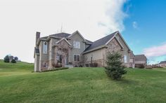 1168 Winged Foot Dr  Oregon , WI  53575  - $574,900  #OregonWI #OregonWIRealEstate Click for more pics
