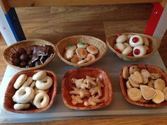 Bakery role play- salt dough bakery items, painted and sealed with glue. What a brilliant idea! Dramatic Play Area, Dramatic Play Centers, School Play, Pre School, Baker Shop, Dessert Boxes, Little Red Hen, Play Food, Ideas