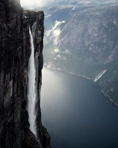 MINDPLACE I Kjerag - Norway