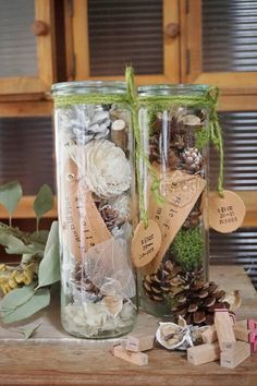 Potpourri jars for displaying Green Flowers, Diy Flowers, Test Tube Crafts, Dried Flower Wreaths, Weck Jars, Flower Lei, Flower Bottle, Flower Packaging, How To Preserve Flowers