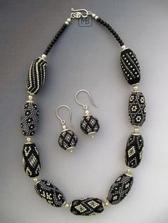 Lovely beaded bead necklace by Bettina Mertz. Bead crocheted, and the beads appear to be 15/0s!