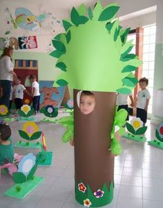 Creative jobs for the nest (Photo Kids Crafts, Diy And Crafts, Paper Crafts, Art N Craft, Craft Work, School Decorations, Paper Decorations, Tree Costume, Creative Jobs