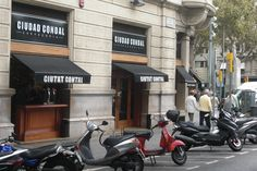 Cuidad Condal, Rambla de Catalunya, 18, Barcelona http://www.barcelonaandtheworld.com/en/cool/mejores-tapas-en-el-centro-de-barcelona-parte-i/