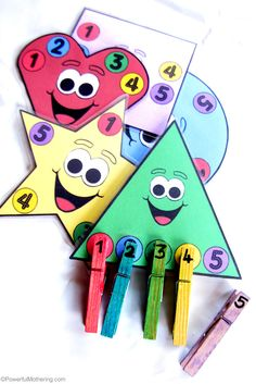 A great addition to a busy bag collection or just a quick activity for fine motor skills. This printable activity features colors, shapes and counting! from PowerfulMothering.com #preschool #efl #education (repinned by Super Simple Songs)