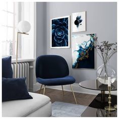 Decorate your living room with a trendy gallery wall! Find inspiration on how to decorate your living room in our Inspiration section. Upgrade your living room today with Desenio. Navy Living Rooms, Home Living Room, Living Room Designs, Living Room Decor, Navy Blue And Grey Living Room, Dining Room, Picture Wall Living Room, Living Room Pictures, Picture Walls