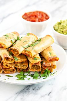 You'll be amazed at how easy these Baked Wonton Chicken Taquitos are. They're perfect for a quick and tasty weeknight meal or for an appetizer to enjoy during your favorite sports game. Shredded chicken is super versatile for weeknight dinners, Baked Wontons, Chicken Wontons, Baked Chicken, Creamy Chicken, Chicken Wonton Tacos, Chicken Taquitos Baked, Wonton Recipes, Appetizer Recipes, Chicken Recipes