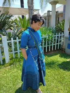 Latest African Fashion Dresses, African Dresses For Women, African Print Fashion, African Wear, African Attire, South African Traditional Dresses, African Traditional Wedding, Traditional Outfits, Seshoeshoe Designs