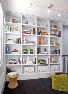8 Cheap And Easy Tips: Minimalist Interior Kitchen Living Rooms minimalist home decoration small spaces.Boho Minimalist Home White Walls minimalist decor apartments living rooms.Minimalist Home Style Dreams. Creative Bookshelves, White Bookshelves, Bookshelf Design, Bookshelf Ideas, White Shelves, Book Shelves, Bookcases, Bedroom Shelves, Playroom Shelves