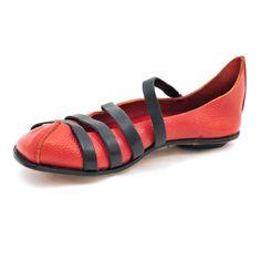 JAIL shoe by Cydwoq
