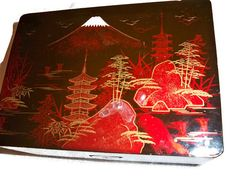 Jewelry box Japanese Music Box, Black Lacquer, Hand painted, 1960's, plays Sukiyaki!!!