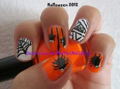 Haloween Nails http://www.makeupbee.com/look.php?look_id=64061