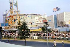 1964 COLOR SLIDE #110 New York NY World's Fair Pepsi Disney It's a Small World