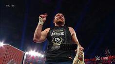 Por descalificación el Medio lunático sigue siendo el Campeón  Dick27Ambrose