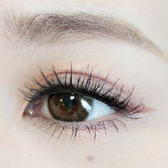 MAKE LESSON | しのばせカーキで抜け感&目ヂカラUP | DAZZSHOP eye make & cosmetics - ダズショップ公式オンラインショップ