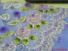 che'nor (Jerantut) Jahitan manik dan homemade coklat: baju kain lace purple Tambour Beading, Kebaya, Dan, Homemade, Embroidery, Beads, Purple, Inspiration, Fashion