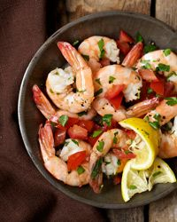 Shrimp Marinaded in Lemon and Olive Oil: You'll want to gobble up these succulent morsels immediately, but patience will be rewarded; the shrimp taste better the longer they sit in the marinade. Leave them for a couple of hours, if you have the time. Shrimp Marinade, Marinated Shrimp, Cooked Shrimp, Shrimp Recipes, Appetizer Recipes, Appetizers, Shellfish Recipes, Dinner Recipes, Italian Recipes