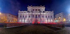 La facciata di Palazzo Carignano su Piazza Carlo Alberto illuminata dalle Luci d'Artista © Fabrizio Amort