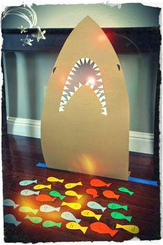Soy Preescolar: #Ideas para la #Escuela y el #Hogar   Campo Formativo: Lenguaje y Comunicación   Con tus alumnos, con tus hijos, juega a alimentar el tiburón. Repitan los nombres de las letras, o de los colores con los niños más pequeños. También puedes probar a que le den de comer palabras que tú les sugieras. Imagina con ellos otros juegos. ツ   ¿Qué es Innovación?