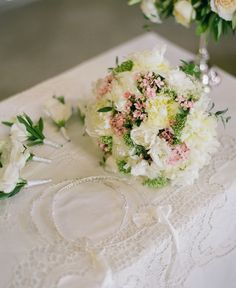 With a romantic flair and pure natural beauty, Corfu is heaven on earth and this destination wedding is proof! Wedding Videos, Post Wedding, Start Tv, Corfu Holidays, Wedding Window, Destination Wedding, Wedding Planning, Beach Bars, Floral Bouquets