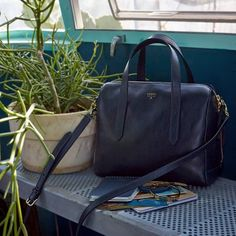 #Fossil - Our classic Sydney Satchel, a staple for any spring getaway.