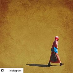 """#Repost @instagram with @repostapp ・・・ Girma Berta (@gboxcreative) takes to the streets of his hometown Addis Ababa, Ethiopia, to document the fruit stands and the shoe shiners, the young and the old, the delivery boys and the shopkeepers — and everything in between. """"I look for people with a great story that I feel like need to be captured. I also look for their lively interaction with each other and their environment,"""" says the 26-year-old photographer and a recipient of this year's Getty…"""