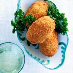 Dutch Recipes, Great Recipes, Dog Food Recipes, Croquettes Recipe, Dutch Croquettes, Tapas, Yummy Snacks, Yummy Food, Appetizer Recipes