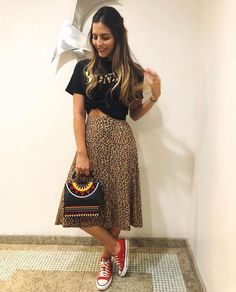 45 Classy Midi Skirt Outfit for Women - Suitable Fashion Ideas for You Trendy Summer Outfits, Spring Outfits, Cool Outfits, Casual Outfits, Outfit Summer, Look Fashion, Fashion Outfits, Fashion Moda, Fashion Women