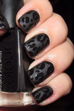 black leopard nails - or this @Rebecca Watkins