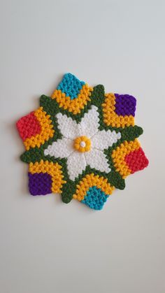 Crochet Bedspread, Crochet Hats, Blanket, Tejidos, Weaving Kids, Crochet Dress Girl, Weaving, Girls Dresses, Knitting Hats